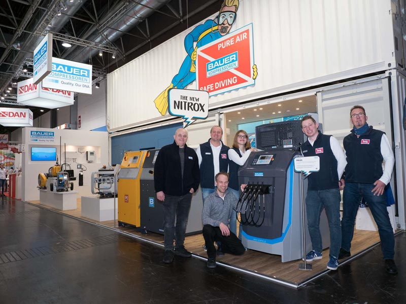 The BAUER Team on the boot 2020 booth